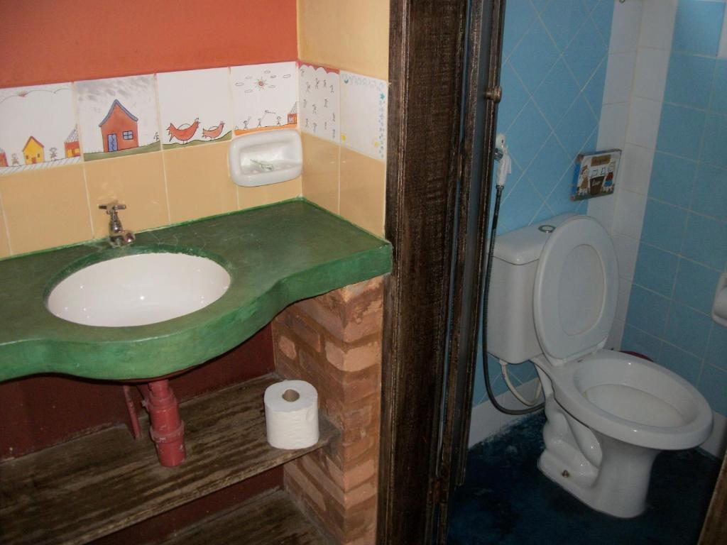 pousada beija flor ouro preto reserva tu hotel con viamichelin. Black Bedroom Furniture Sets. Home Design Ideas