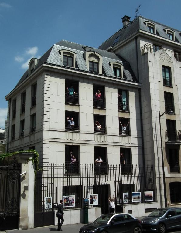 Adveniat paris paris informationen und buchungen for Michelin hotel france