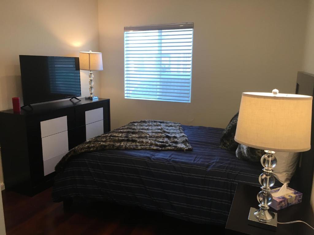 Modern 3 Bedroom 2 Bathroom Los Angeles Reserva Tu Hotel Con Viamichelin
