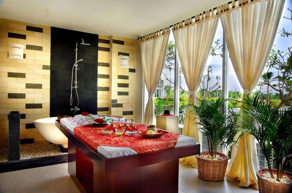Aston Bogor Hotel and Resort - room photo 12562179