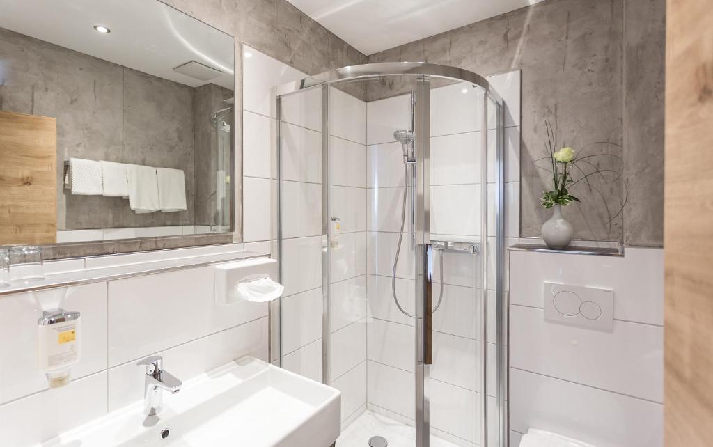 hotel pf lzer wald bad bergzabern prenotazione on line viamichelin. Black Bedroom Furniture Sets. Home Design Ideas