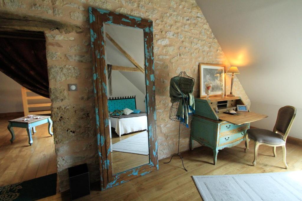 maison d h 244 tes la maison de l 233 opold terrasson lavilledieu booking viamichelin
