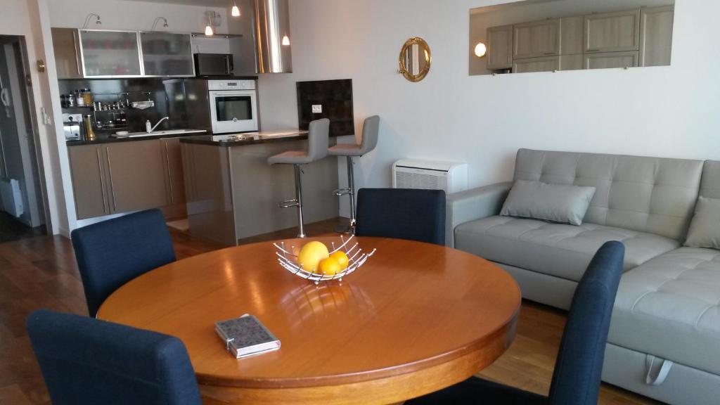Appartement les huniers appartement arcachon en for Apart hotel arcachon