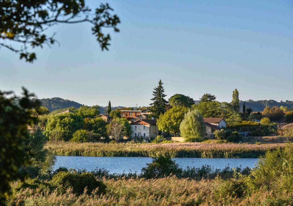 Les vieilles granges r servation gratuite sur viamichelin - Auberge des collines granges les beaumont ...