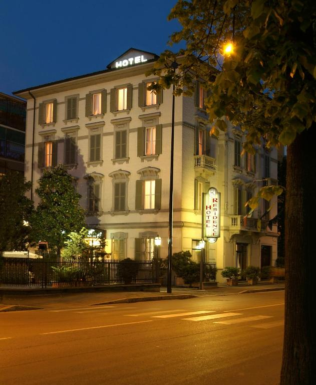 Hotel Parma Centro Con Parcheggio