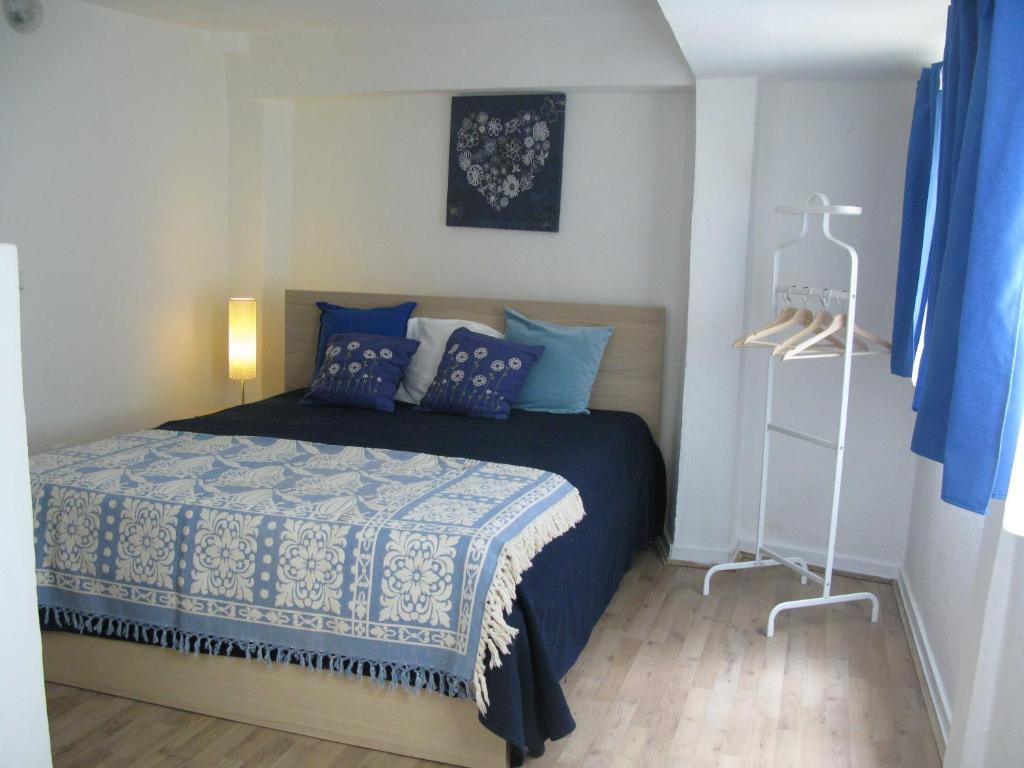 chambres d 39 h tes new down town alfama chambres d 39 h tes lisbonne. Black Bedroom Furniture Sets. Home Design Ideas