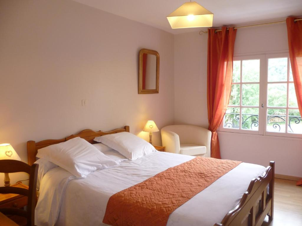 Auberge cavali re chambres d 39 h tes book your hotel for Chambre auberge