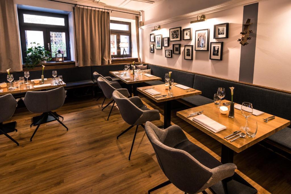 Kreuzblume hotel restaurant r servation gratuite sur - Office du tourisme freiburg im breisgau ...