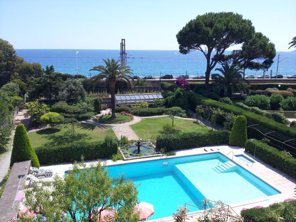 Villa Belle Rive Cannes