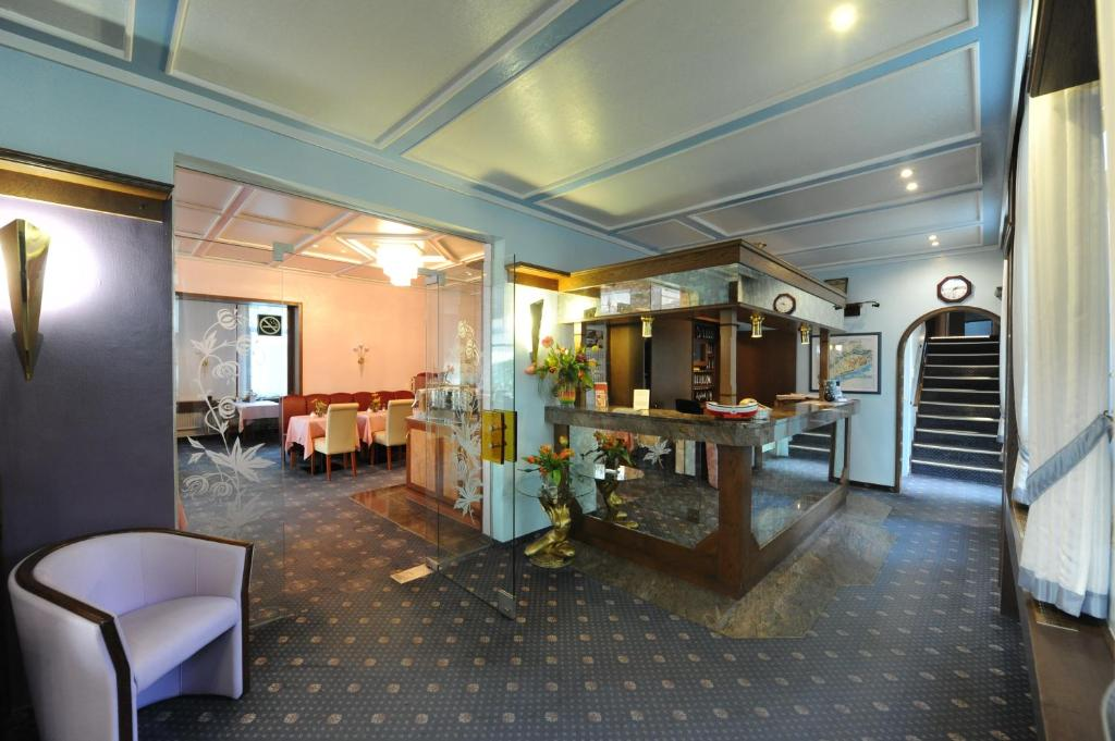 Appart hotel heldt r servation gratuite sur viamichelin for Appart hotel a madrid