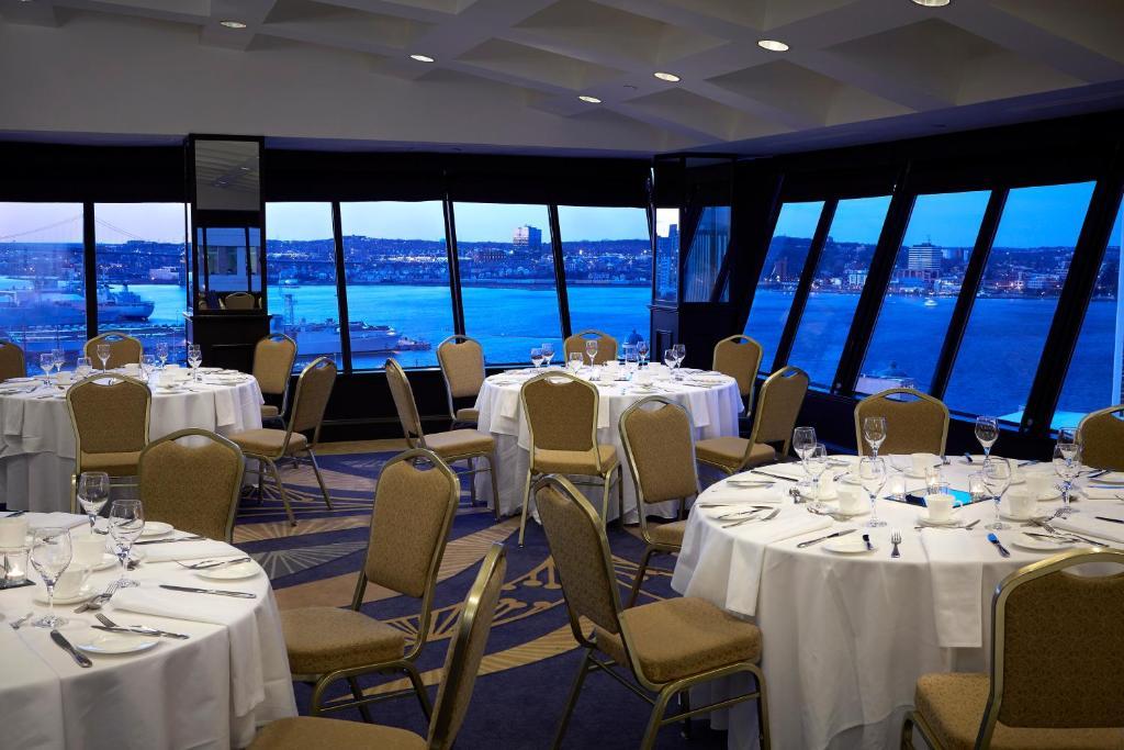 Delta Hotels By Marriott Barrington Halifax