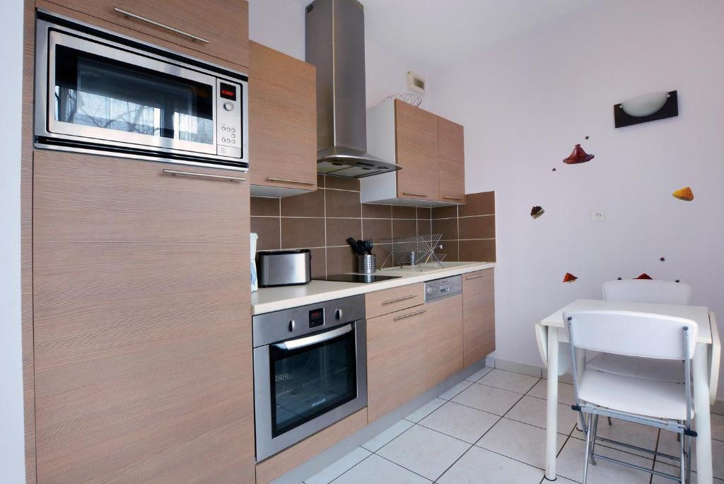 Appartement part dieu baraban locations de vacances lyon - Ustensiles de cuisine lyon ...