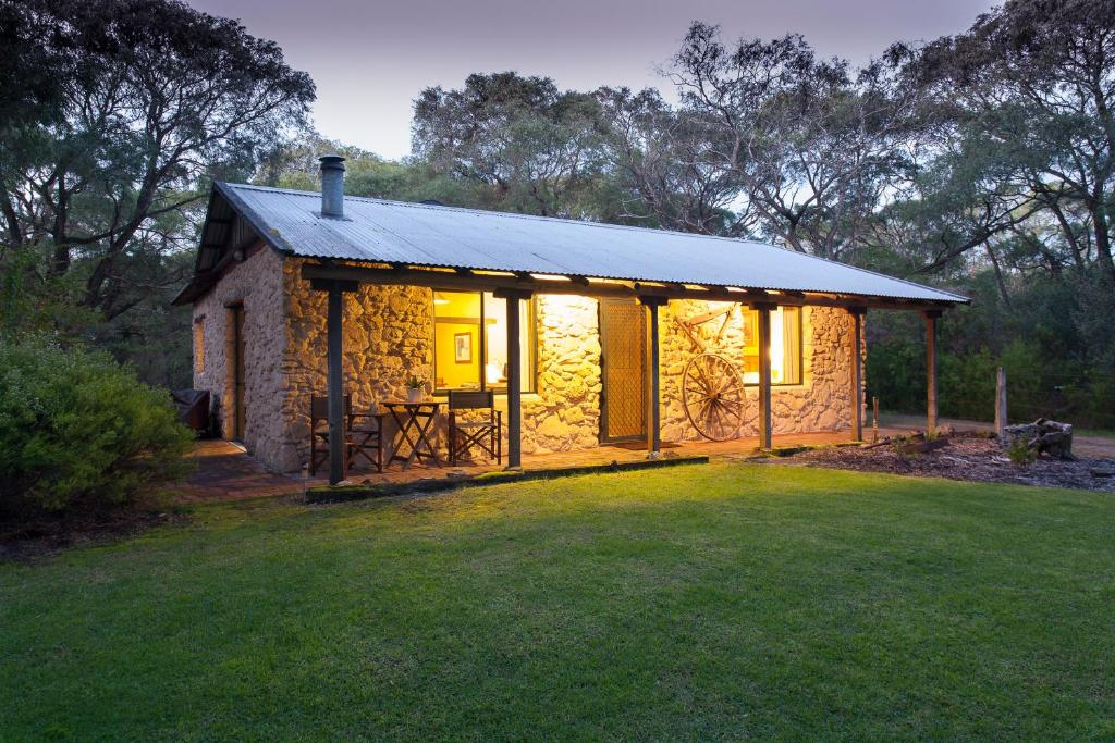 William Bay Country Cottages