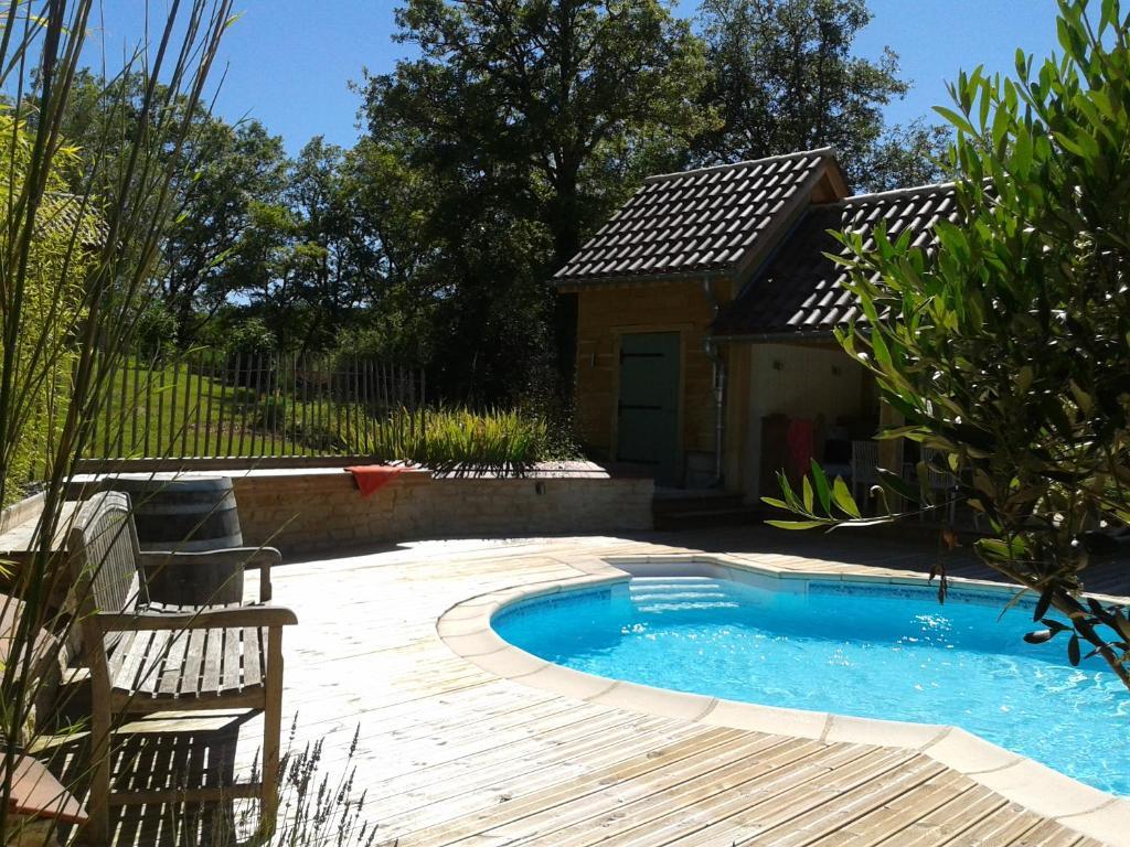 Casa de vacaciones charme jardin francia salviac for Jardin tecina booking