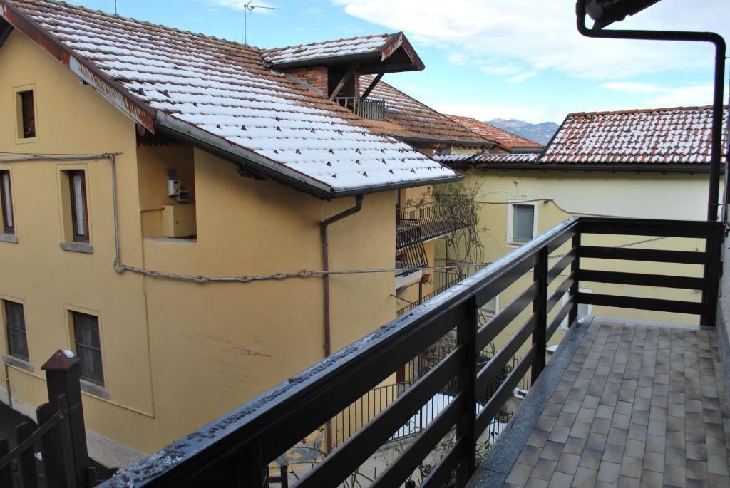 Casa vacanze casa lago maggiore stresa italia stresa for Lago maggiore casa