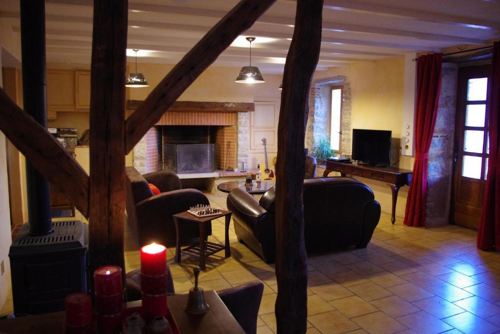 la prade basse caussade reserva tu hotel con viamichelin. Black Bedroom Furniture Sets. Home Design Ideas