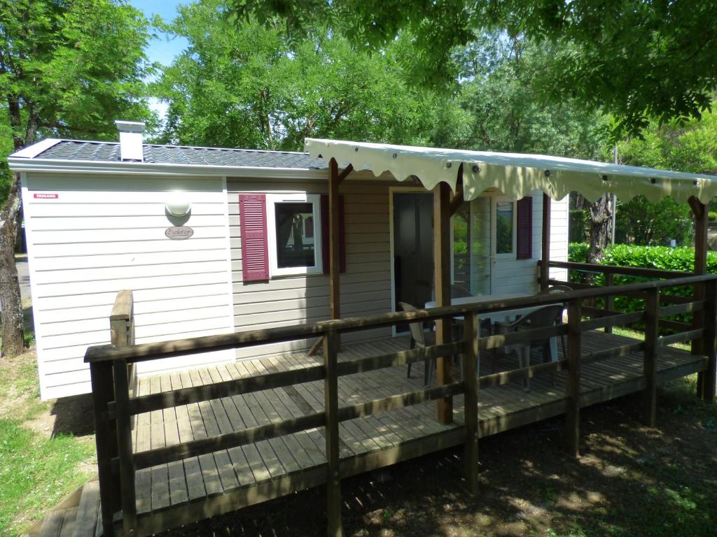 Camping la plaine camping rosi res en ard che 07 for Camping montelimar piscine