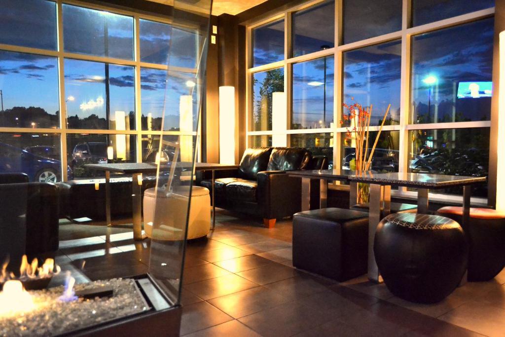 Grand Times Hotel Aeroport De Quebec
