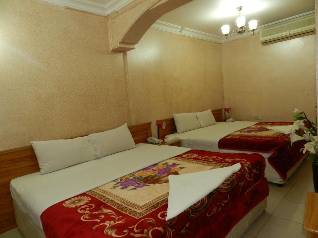 Green sea hotel dubai online booking viamichelin for Dubai hotel booking