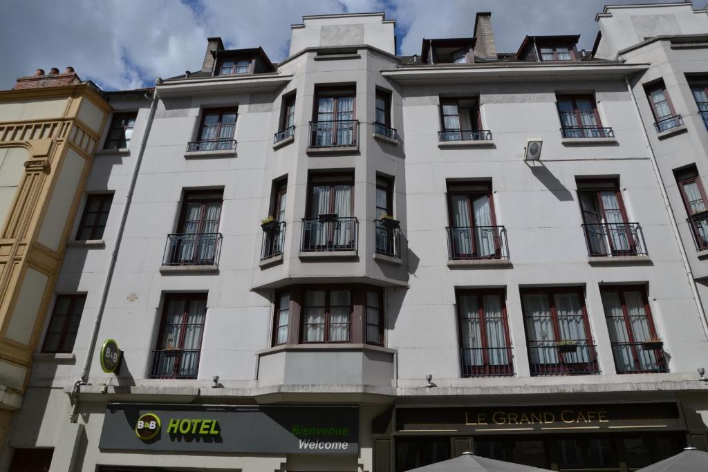 B b h tel dijon centre dijon book your hotel with for Hotels dijon