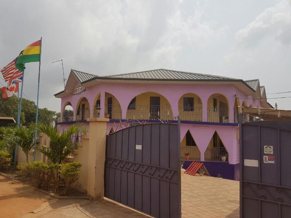 Mapees International Guesthouse