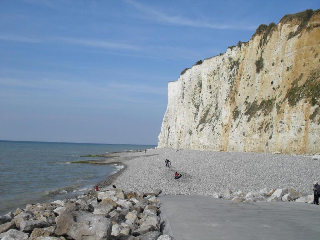 Madame vacances les terrasses de la plage holiday for Garage cayeux sur mer