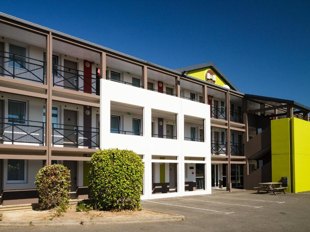 Hotel B And B Tregueux