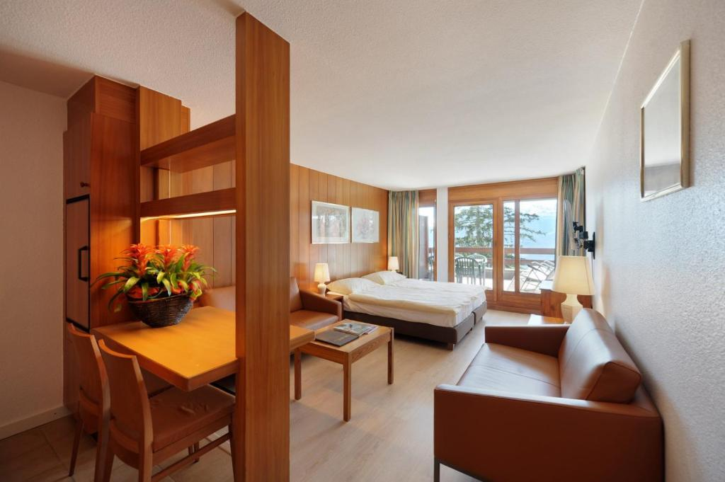 Hotel Helvetia Intergolf Montana Prenotazione On Line