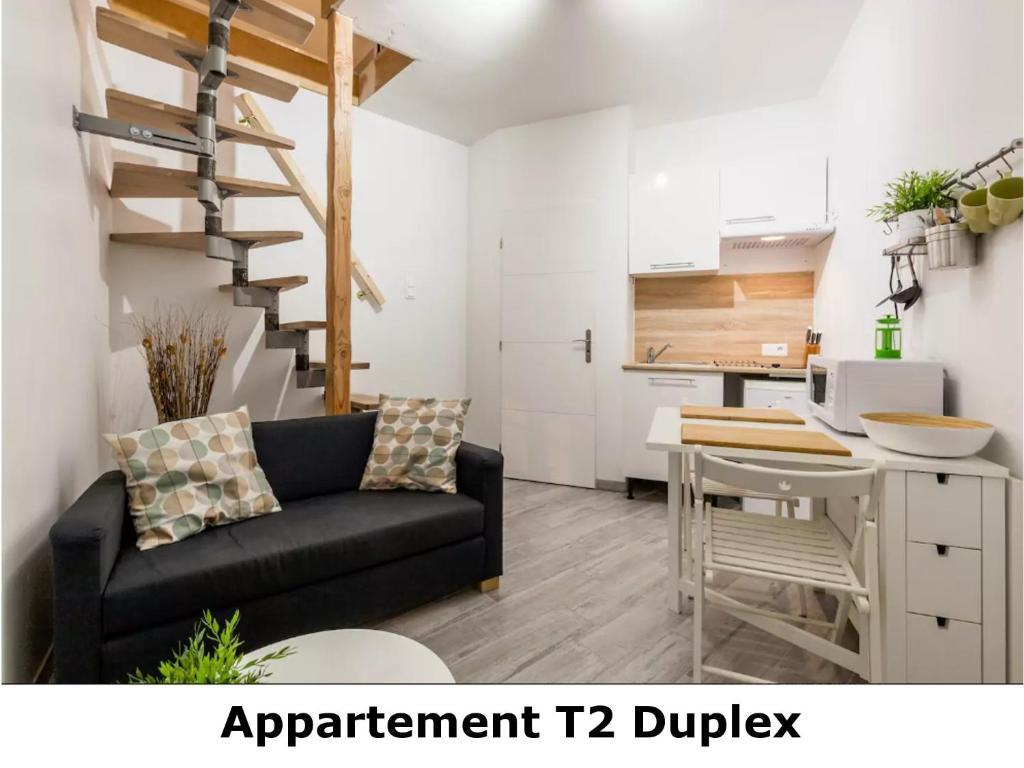 appartement t2 duplex frankreich revel. Black Bedroom Furniture Sets. Home Design Ideas
