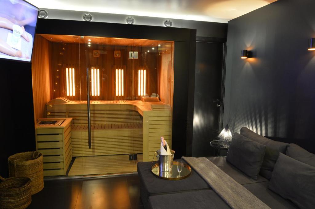 Appartement chambre avec jacuzzi sauna privatif locations - Chambre de charme avec jacuzzi belgique ...