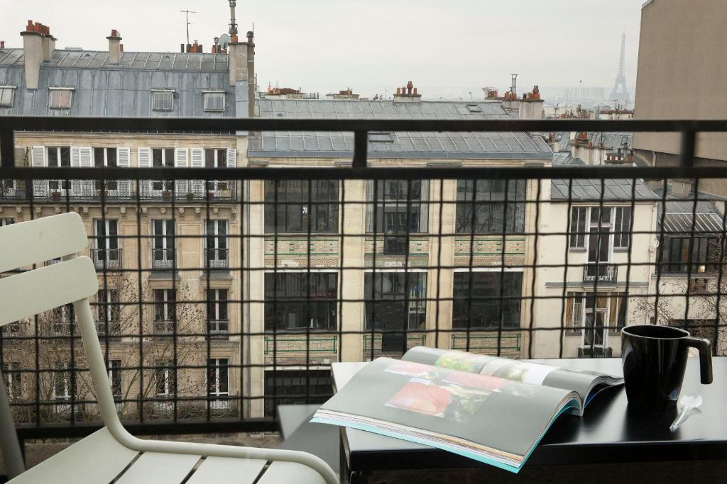 Hotel Le Chat Noir Paris