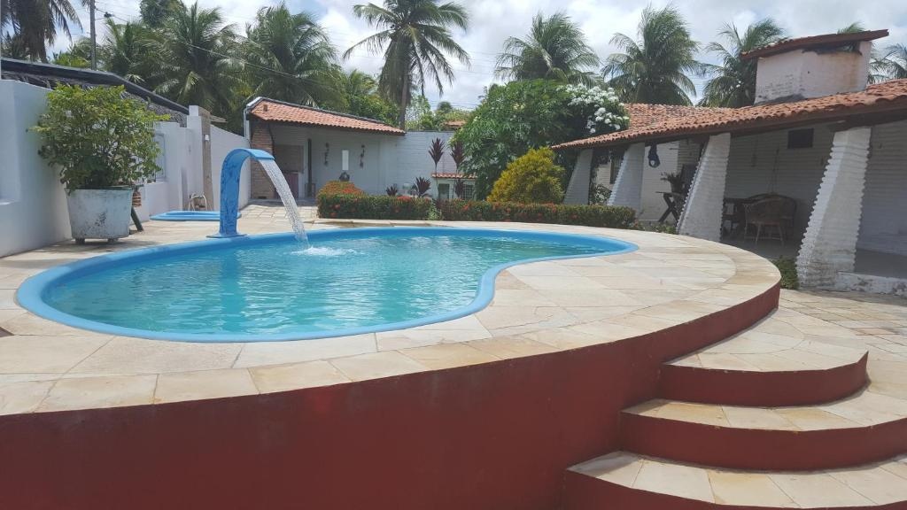 Red house pousada trairi book your hotel with viamichelin Red house hotel swimming pool