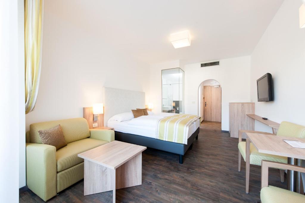 business resort parkhotel werth bozen prenotazione on line viamichelin. Black Bedroom Furniture Sets. Home Design Ideas