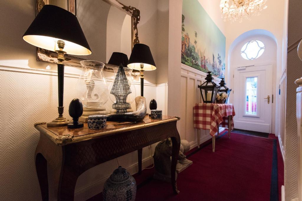 affittacamere guesthouse dirazi camere b b frankfurt am main. Black Bedroom Furniture Sets. Home Design Ideas