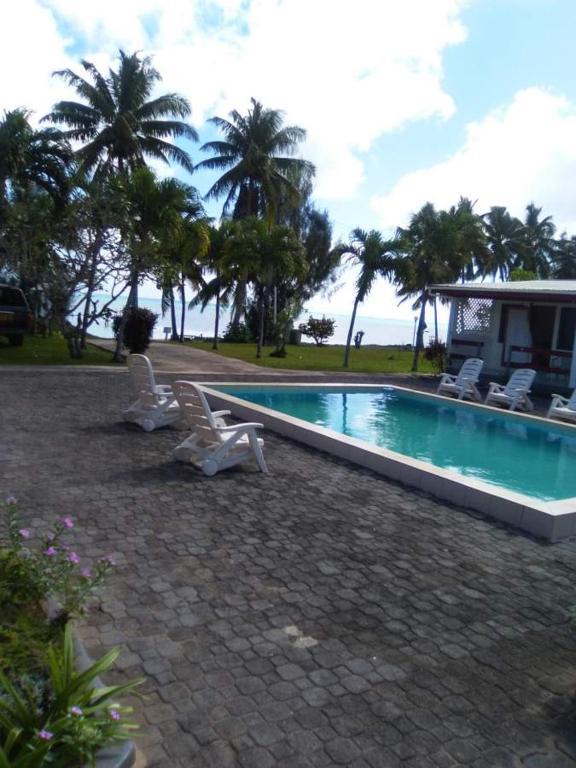 Reef motel aitutaki reserva tu hotel con viamichelin for Motel con piscina privada