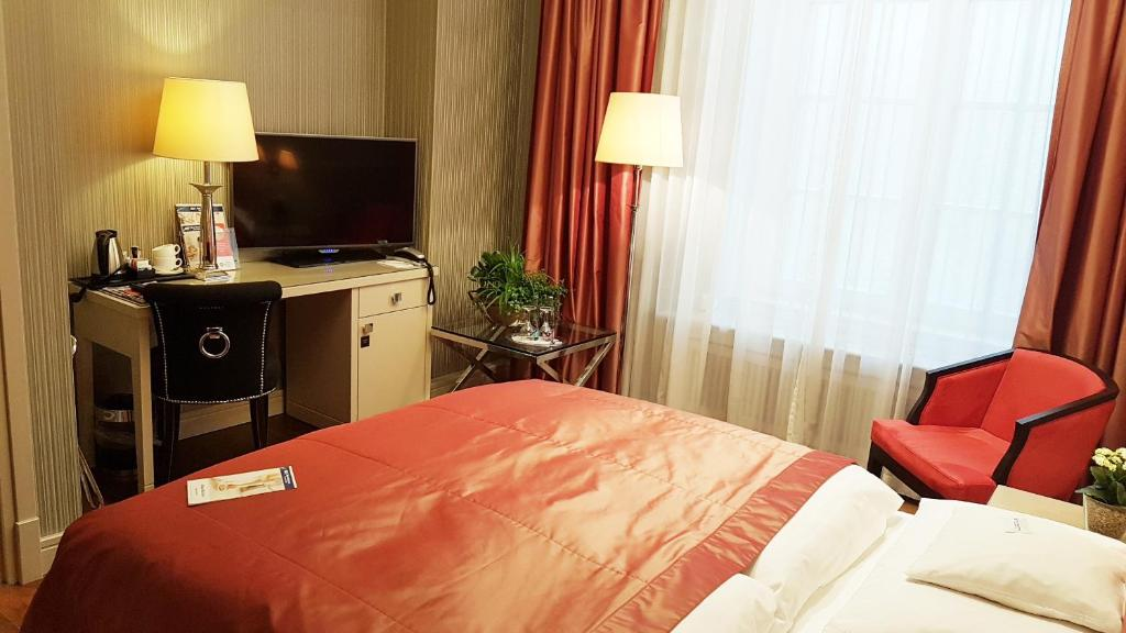 Best Western Plus Hotel Stadtpalais Brunswiek Book Your Hotel With Viamichelin