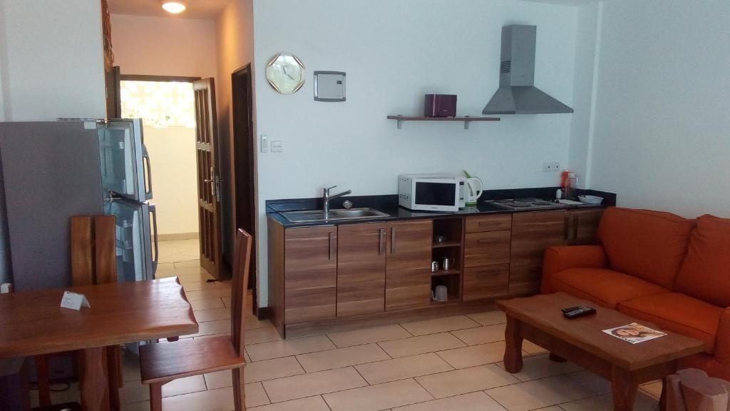 <div data-et-view=NAFQCDCcdXDPdFO:1</div Bamburi Beach Apartment