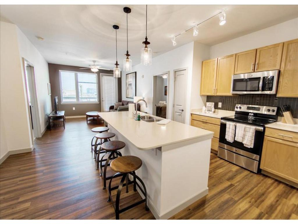 two bedroom midtown apartment usa nashville booking com