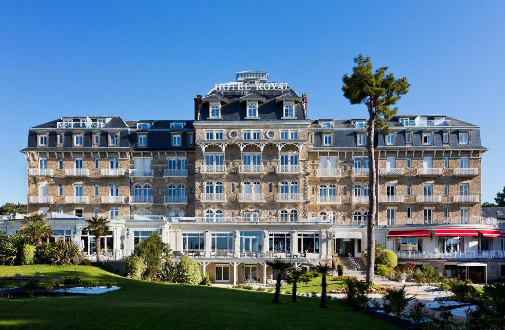 H tel barri re le royal la baule r servation gratuite for Hotels la baule