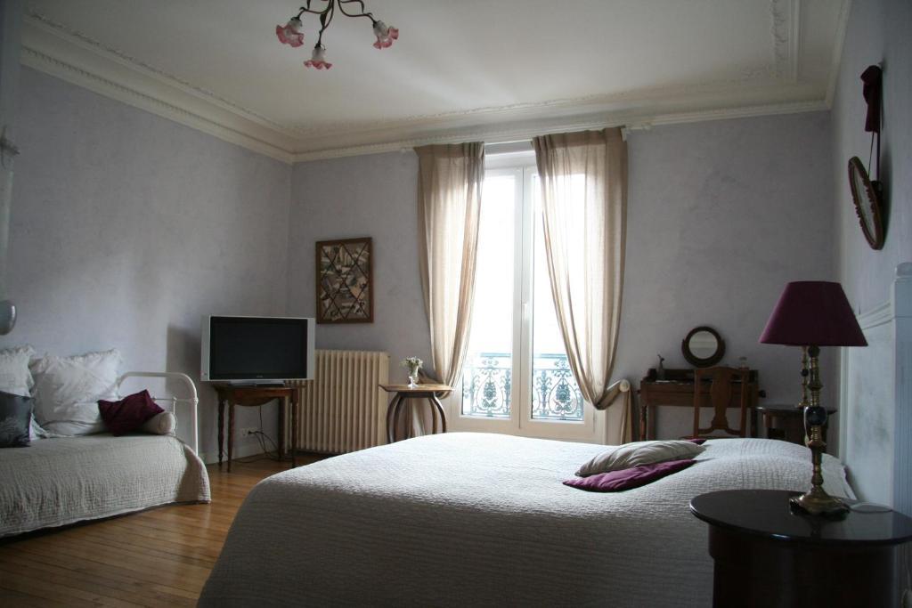 chambres d 39 h tes le clos d 39 hauteville chambres d 39 h tes au mans dans la sarthe 72. Black Bedroom Furniture Sets. Home Design Ideas