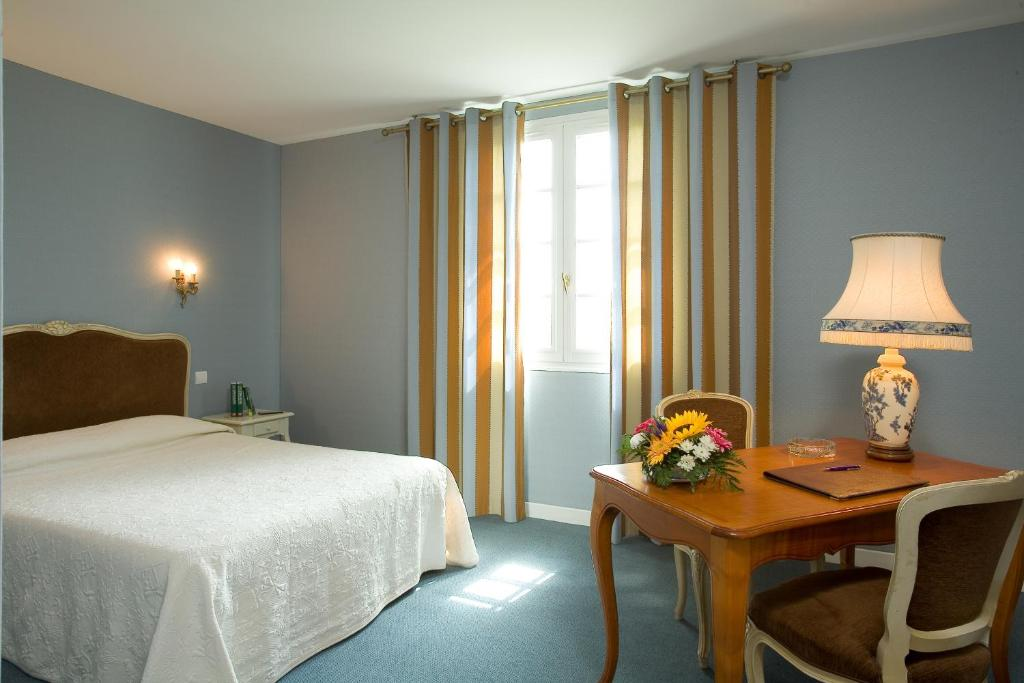 Hotel Logis De France Dijon