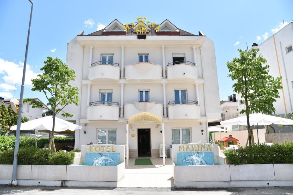 hotel marina - riccione - book your hotel with viamichelin