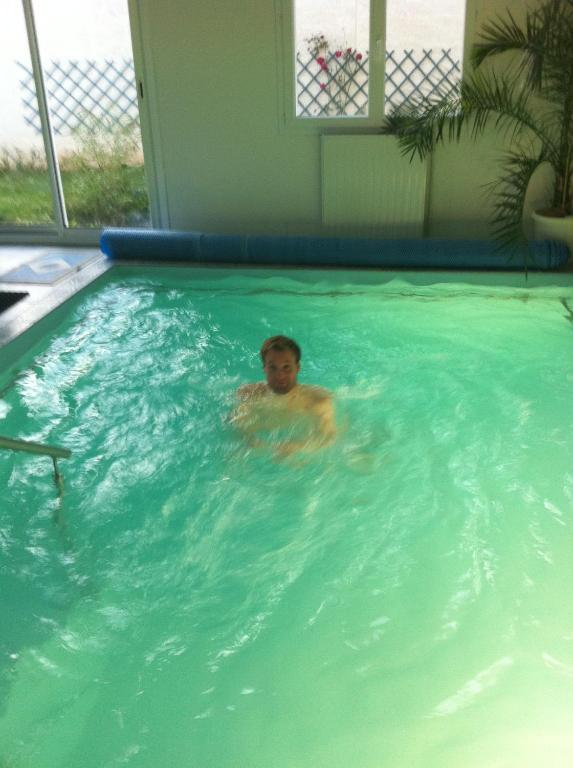 hotel avec piscine interieure chauffee - g te avec piscine int rieure chauff e locations de