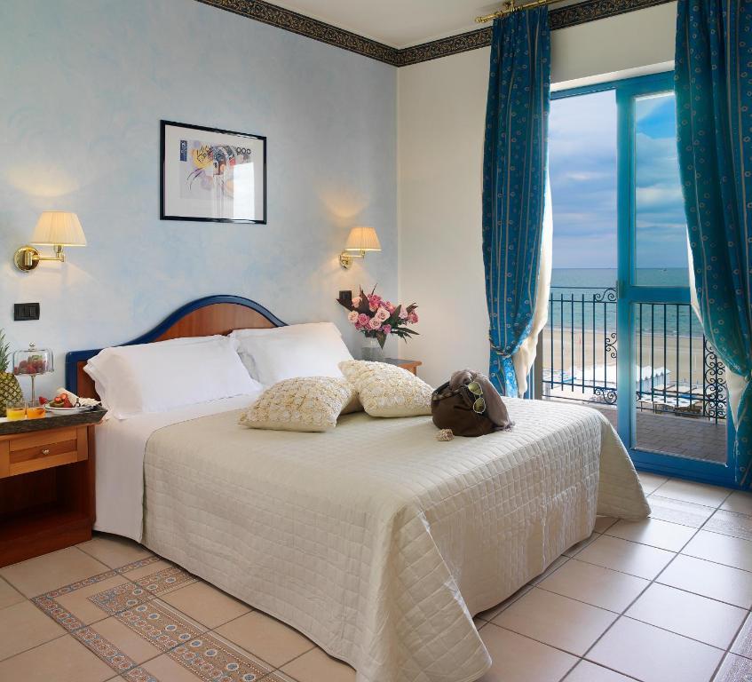 Hotel ascot r servation gratuite sur viamichelin for Hotel ascot milano
