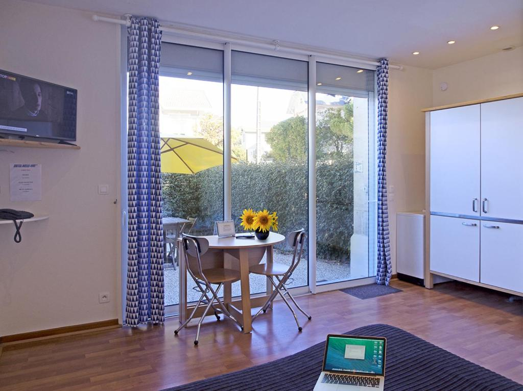 appartements appart hotel belle vue locations de vacances royan. Black Bedroom Furniture Sets. Home Design Ideas