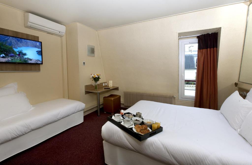 H tel de france quartier latin paris online booking for Hotel de france booking