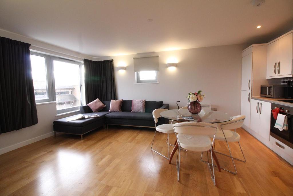 Lux Living Apartments - Roman House