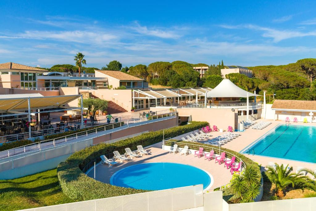 Azureva frejus r servation gratuite sur viamichelin for Hotels frejus
