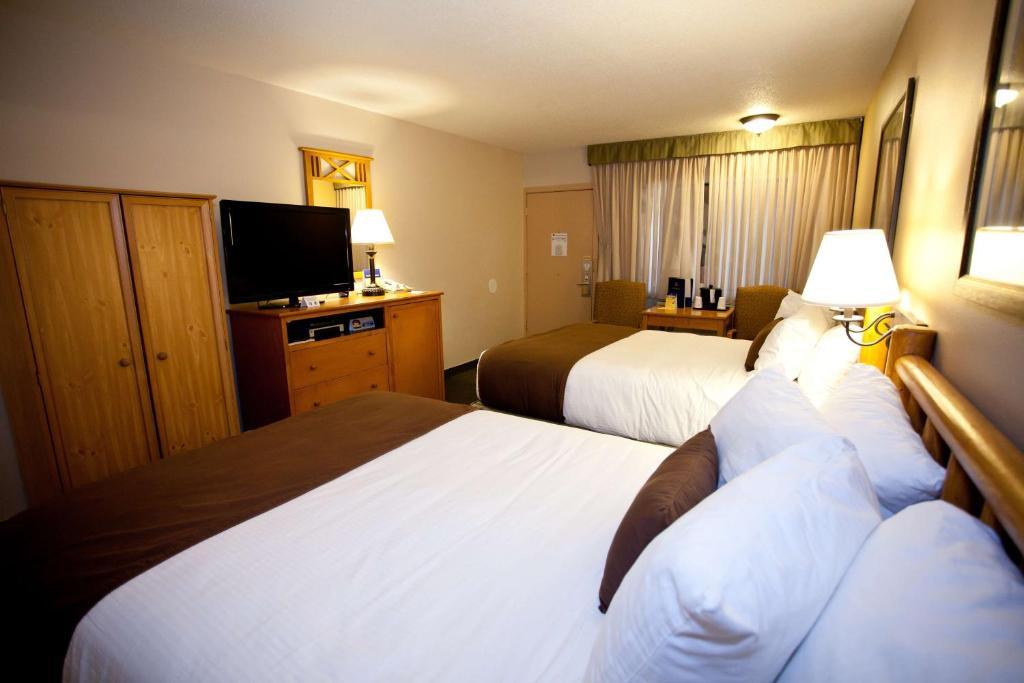 Booking Rooms Sheridan