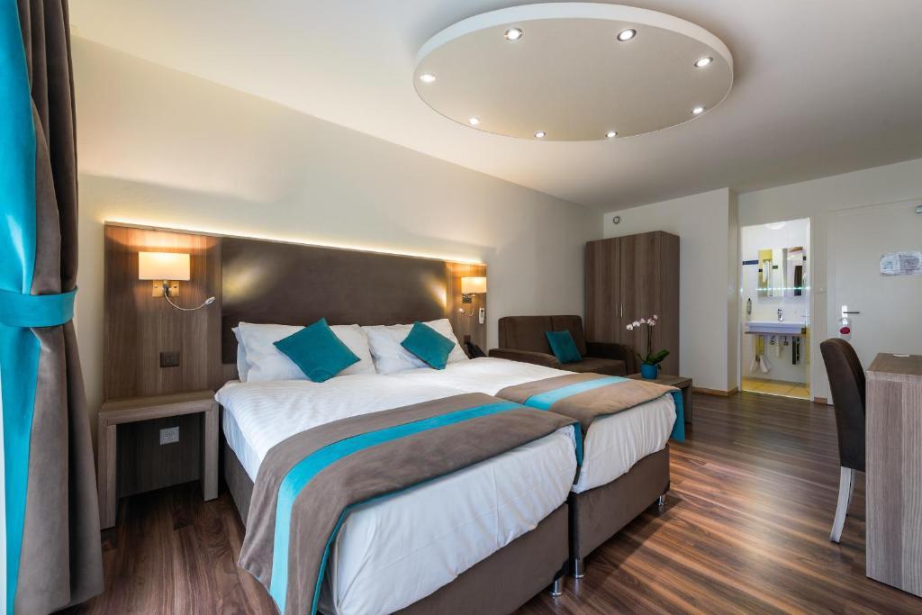 hotel rousseau gen ve prenotazione on line viamichelin. Black Bedroom Furniture Sets. Home Design Ideas